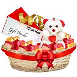 Premium Basket of Foxes Mixed Fruits with Teddy N Pizza Hut Gift Voucher <br>