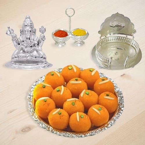 Auspicious Ganeshji Hamper with Sweets