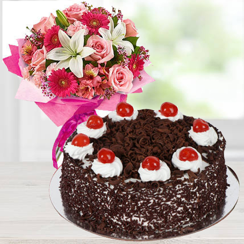 Romantic Mixed Flower Arrangements with Black Forest Cake<br>