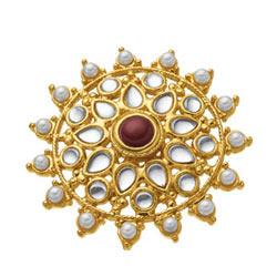 Glamorous Avon Gayatri Ring