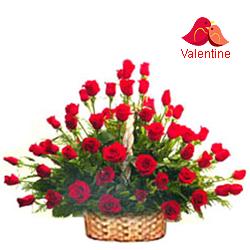 <u><font color=#008000> MidNight Delivery : </FONT></u>:51 Exclusive  Dutch Red    Roses  Arrangement