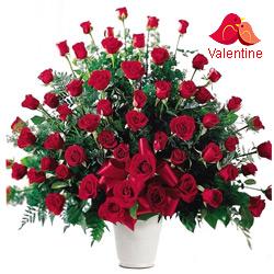 <u><font color=#008000> MidNight Delivery : </FONT></u>:101/201/501/1001  Dutch Red   Roses  Arrangement