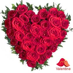 <u><font color=#008000> MidNight Delivery : </FONT></u>:Red Roses in Heart Shape Arrangement.