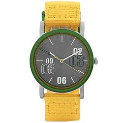 Rakish and Agile Reloj from the Brand of Titan
