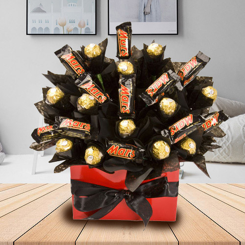 Yummy Bouquet of Mars and Ferrero Rocher Chocolate