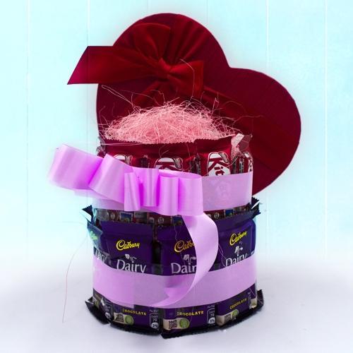 Amazing Two Tier Arrangement of Cadbury n Kitkat