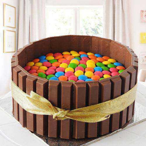 Marvelous KitKat Gems Cake