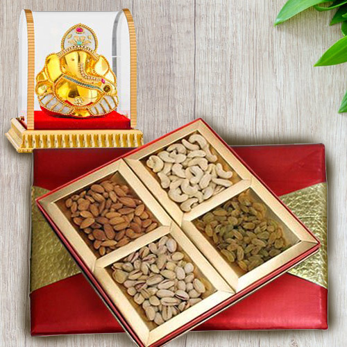 Wonderful Lord Vinayak Murti with Mixed Nuts Dry Fruits Gift Box