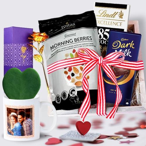 Dazzling Chocolate Hamper with Heart Plant in Personalized Mug