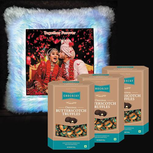 Exclusive Personalized LED Square Cushion n Chocozay Chocolates for Girlfriend