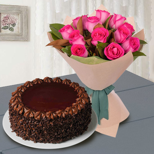 Elegant Red Roses with Chocolate Cake<br>
