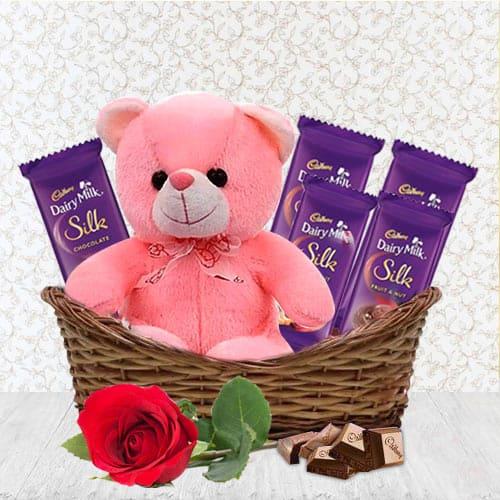 Wonderful Gift Basket of Assortments N Teddy