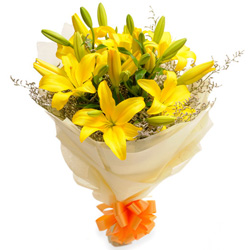 Delightful Yellow Lilies Bouquet