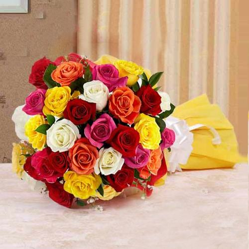 Exquisite Mixed Roses Bouquet for 25th Valentine Celebration