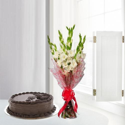 Amusing Gladiolus Bouquet with Chocolate Cake