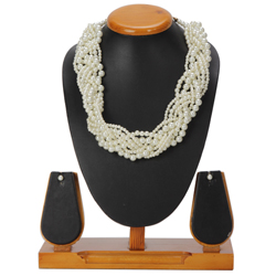Sensational Avon Necklace and Earrings Set with Pearl Plaiting