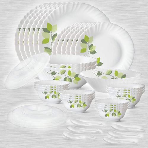 Ravishing Larah by Borosil Green Leaves Silk Series Dinner Set