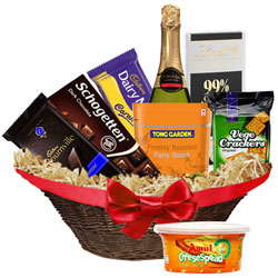 Exciting Gourmet Gift Hamper
