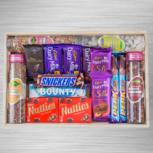 Marvelous Snacks n Chocolate Hamper