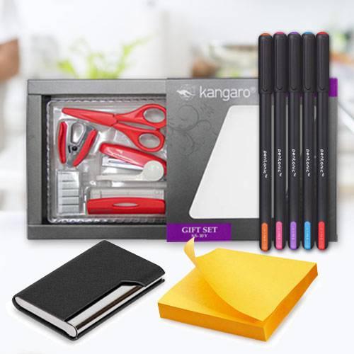 Exclusive Desktop Accessories Gift Hamper