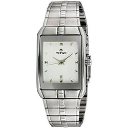Remarkable Stainless Steel Dialed Analog Gents Watch Presented By Titan