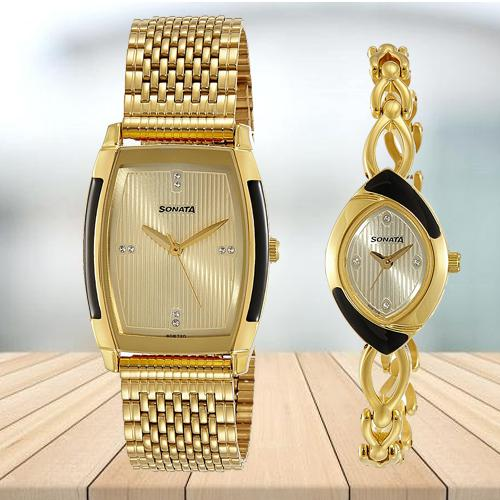 Attractive Sonata Analog Gold Dial Pair Watch